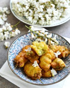 #fleurs #acacia #beignet Beignets, Acacia, Tea Time, Curry, Ethnic Recipes, Food, Flowers, High Tea, Curries