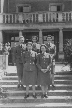 Some of WAAF ladies from the RAF West Kingsdown Y-Service