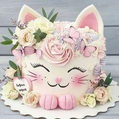 Gorgeous Cakes, Pretty Cakes, Cute Cakes, Baby Girl Birthday Cake, Cat Birthday, Animal Cakes, Disney Cakes, Little Cakes, Girl Cakes
