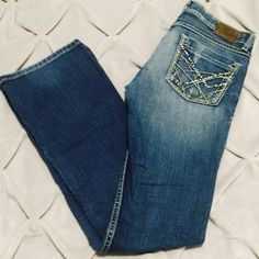 "BKE Buckle Stretch Jeans BKE Buckle ""Lexi"" Stretch Jeans in size 25 with an inseam of 31 1/2. BKE Jeans Boot Cut"