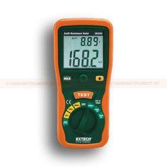 http://handinstrument.se/eltestare-r156/jordresistans-testare-53-382252-r162  Jordresistans testare  Stor dubbel display med bakgrundsbelysning  Test Hold-funktion för enkel hantering  Automatisk nolljustering  AC / DC spänning, resistans och kontinuitet  Automatisk avstängning, gränsområdes- och låg batteri-indikation  Komplett med mätsladdar, 2 extra jordresistansstänger, väska, skyddsgummihölster och sex 1,5V AA batterier Garanti: 2 År