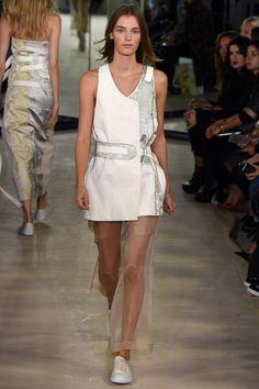 Joseph Spring 2016 Ready-to-Wear Fashion Show