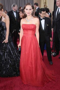 2012 Oscars Red Carpet – Natalie Portman in Vintage Christian Dior