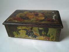 vintage lockable footed tin decorated with fruit - early 1900s? with key   eBay