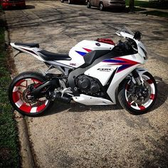 Best Motorcycles Daily! Visit our site: Driveslate.com