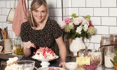 BBC - Food - Sophie Dahl Recipes : Toffee apple and pear crumble Sophie Dahl, Tom Kha Soup, Dahl Recipe, Saffron Spice, Spiced Rice, Roasted Tomato Soup, Eton Mess, Baked Cheese, Clam Chowder
