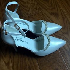 More Pics: Pearl white High Heels Very Elegant -- Never been Worn Shoes Heels