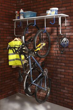 You might think that it is expensive to organize your garage. You might also think that the organizing supplies are also expensive to buy. If what you are thinking is true, de-cluttering garage can be Shed Storage, Garage Storage, Storage Ideas, Garage Velo, Bike Hanger For Garage, Garage Organization Tips, Organizing Tips, Bicycle Storage, Modern Garage