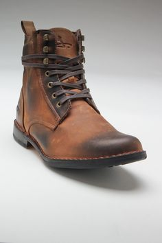 that's a mean ass boot. rugged.