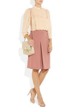 Chloé pleat-detailed silk-georgette blouse, with Paul & Joe culottes Classic Style, Style Me, Miu Miu Shoes, Chloe Shoes, Marc Jacobs Bag, Office Fashion, Midi Skirt, Feminine, Dresses For Work