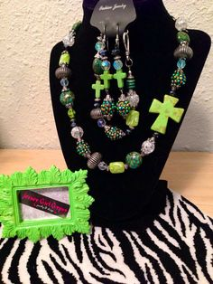 LIME GREEN chunky western necklace set by JerseyGirlGypsy on Etsy