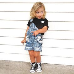 Toddler Girl Style, Toddler Girl Outfits, Toddler Fashion, Kids Fashion, Cute Little Girls Outfits, Little Girl Fashion, Stylish Baby Girls, Cool Baby Clothes, Neutral Baby Clothes
