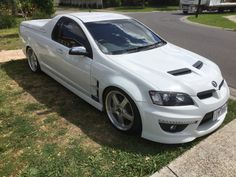 HSV Maloo Holden Maloo, Pickup Car, Aussie Muscle Cars, V8 Supercars, Holden Commodore, Germany And Italy, Dream Garage, Classic Trucks, Hot Rods