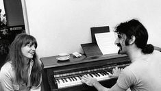 Gail & Frank Zappa, 1968. Old Rock, Rock News, Music School, Frank Zappa, Classic Rock, Rock Bands, Rock N Roll, The Man, Mothers