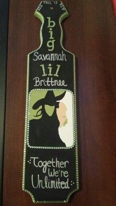 Somebody, my big, one of my sisters, somebody, needs to make me this and I'll love you forever. ||Amazing Wicked paddle.