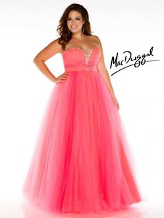 ee6af9e9401 Mac Duggal Style - Stimulating color combinations make this strapless  sweetheart plus size prom so original. The prom dress has a fantastic dyed  to match ...