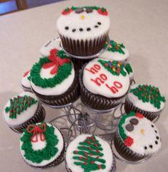 Midwestern Girl: 12 Weeks of Christmas Cookies - Holiday Cupcakes