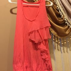 Jessica Simpson top Jessica Simpson pink top used good condition size M. Open to any reasonable offer 💟 Jessica Simpson Tops Tank Tops