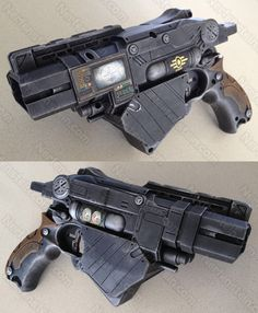 Nerf Vortex Proton Fallout Vault-Tec blaster pistol with integrated PIP-Boy. Steampunk Weapons, Sci Fi Weapons, Concept Weapons, Steampunk Cosplay, Fantasy Weapons, Fallout Cosplay, Cosplay Weapons, Cosplay Diy, Nerf Mod