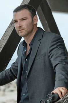 Victor Creed, Ray Donovan, Liev Schreiber, Good Looking Men, Bad Boys, Superstar, Favorite Tv Shows, Sexy Men, Crushes