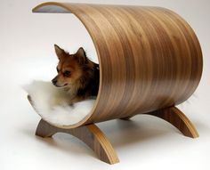 Dog pod lounge Walnut by vurvdesign
