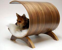 Dog pod lounge Walnut by vurvdesign