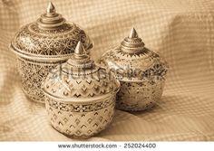 stock-photo-benjarong-ceramic-design-from-thailand-252024400.jpg 450×320 pixels