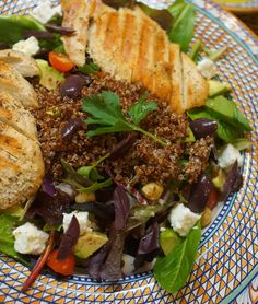 Greek Salad with Quinoa, Avocado & Grilled Chicken Greek Salad, Quinoa Salad, Grilled Chicken, Pot Roast, A Food, Grilling, Avocado, Good Things, Ethnic Recipes