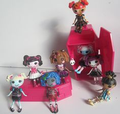 Very cute idea!  Lalaloopsy loves Monster High by Still Plays With Dolls, via Flickr