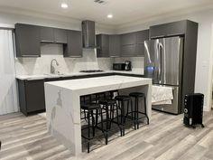 Kitchen Island, Architecture, Table, Furniture, Got7 Mark, Home Decor, Island Kitchen, Arquitetura, Decoration Home