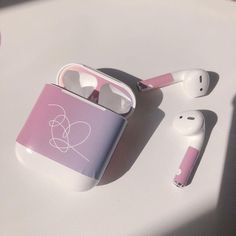 Image uploaded by Find images and videos about kpop, bts and aesthetic on We Heart It - the app to get lost in what you love. Mochila Do Bts, Cute Headphones, Bts Clothing, Accessoires Iphone, Earphone Case, Airpod Case, Kpop Merch, Iphone Accessories, Kpop Aesthetic