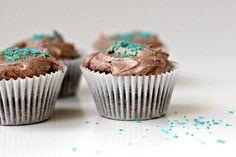 Cupcake Recipes : Vegan Chocolate Avocado Cupcakes with Vegan Chocolate Buttercream