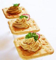 Рецепт: сардины с крекерами