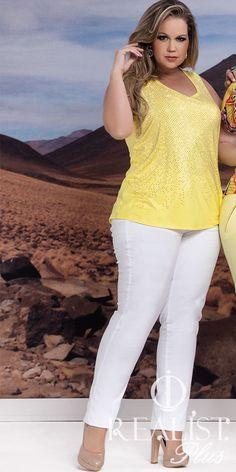 Realist Plus Size. Look da coleção Verão 2014/15. #plussizefashion #plussizeoutfits #amarelo #plussize www.facebook.com/realistplus www.instagram.com/realistplus #plussize #plus #size