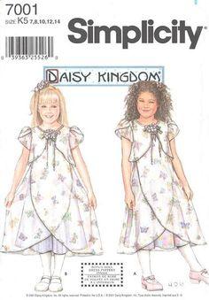 S 0514 Daisy Kingdom Winnie the Pooh Fancy Dress Patter