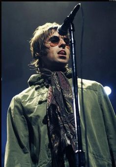 Liam Gallagher Liam Gallagher Noel Gallagher, Oasis Music, Oasis Band, Liam And Noel, Icon Photography, The Libertines, Britpop, Rockn Roll, Keith Richards