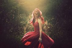 Red dress with white polka-dots. Lord, Look Thinner, Shooting Photo, Favim, Great Hair, Hair Looks, Looks Great, Polka Dots, Fashion Dresses
