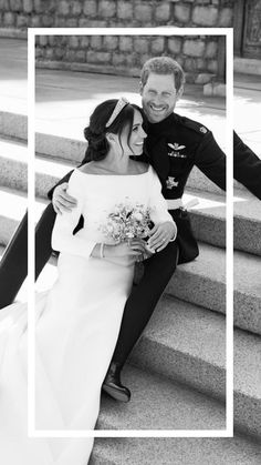 The royal wedding portraits from Prince Harry and Meghan Markle's wedding have been released. Feast your eyes below. Princess Diana Family, Princess Kate, Princess Wedding, Estilo Meghan Markle, Meghan Markle Style, Wedding Portraits, Wedding Photos, Wedding Ideas, Prinz Harry Meghan Markle