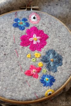 Floral embroidery (WIP) by Alicia Sivertsson, 2016.