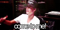 Justin Bieber Imagines! (requests closed) - Imagine 1- Broken: (CUTE) - Page 1 - Wattpad