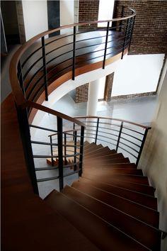 schody dywanowe producenta http://www.schodyprudlik.com.pl/