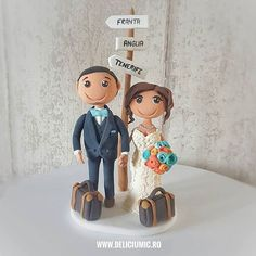 Love is everywhere   #DeliciuMic #figurinedetortpersonalizate #figurine #handmade #figurinetort #figurinedetort #nunta #love #caketopper #caketoppers #custom #weddingcaketopper #customcaketopper #handmadecaketopper #weddingcaketoppers #customcaketoppers #handmadecaketoppers #travel #traveler #traveling #wedding #brideandgroom #cake #weddingcake #crafting #fimo #polymerclay #fondant  @anatudoraa @cukibags - http://ift.tt/1ipRjKg -