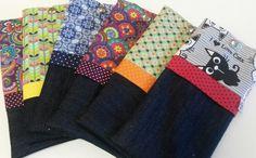 Estojo Mari ♡ estes foram confeccionados em tecido jeans e tecido de algodão ♡ medida aproximada: 22cm x 11cm ♡ fechamento com botão de pressão metalizado ♡ www.patcoutinho.com.br ♡ www.facebook.com/ateliepatcoutinho ♡