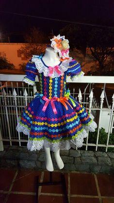 Vestido caipira exclusivo bordados Marilda