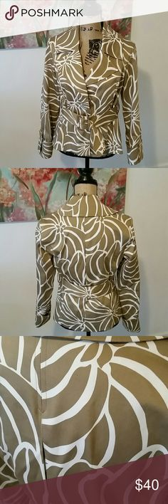 International Concepts Belted Print Blazer Jacket This INC International Concepts Belted Print Jacket has only one flaw shown in the 3rd picture. The stiching on one of the buttons is loose, but it still snaps closed. Other than this, this Beautiful Spring Jacket is in excellent condition! INC International Concepts Jackets & Coats Blazers