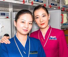 【China】 China Southern Airlines cabin crew / 中国南方航空 客室乗務員 【中国】 China Southern Airlines, Airline Cabin Crew, Flight Attendant Life, Chef Jackets, Asian, China China, Makeup, Beautiful, Beauty