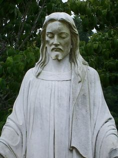 Jesus Statue ~ Photo by c_morocks, via Flickr