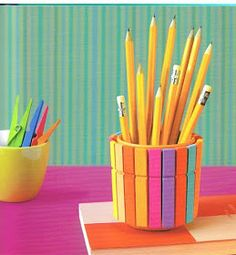 Useful Creative DIY Pencil Holder Ideas with Colorful Clothespins Kids Crafts, Summer Crafts, Preschool Crafts, Diy And Crafts, Rangement Art, Diys, Pot A Crayon, Diy Y Manualidades, Ideias Diy