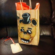 Five 5 Nights At Freddy's Freddy Fazbear Birthday Gift Bag