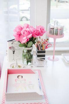Pretty Workspace   Home Office Details   Ideas for #homeoffice   Interior Design   Decoration   Organization   Architecture   White Desk  